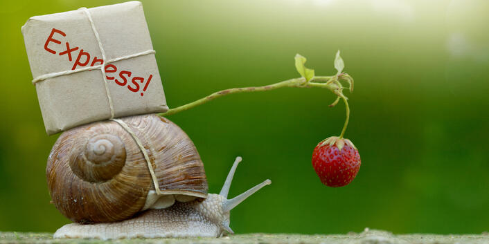 The Advantages of Email vs. Fax and Snail Mail